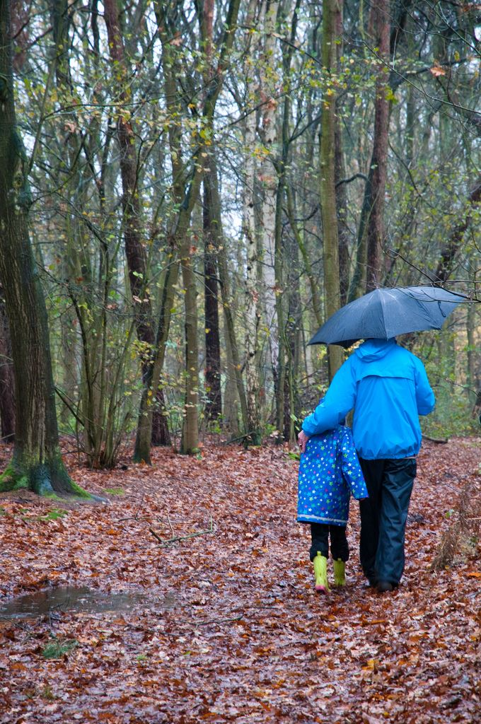 Rainy Day Kids FKR Walking Frans Persoon