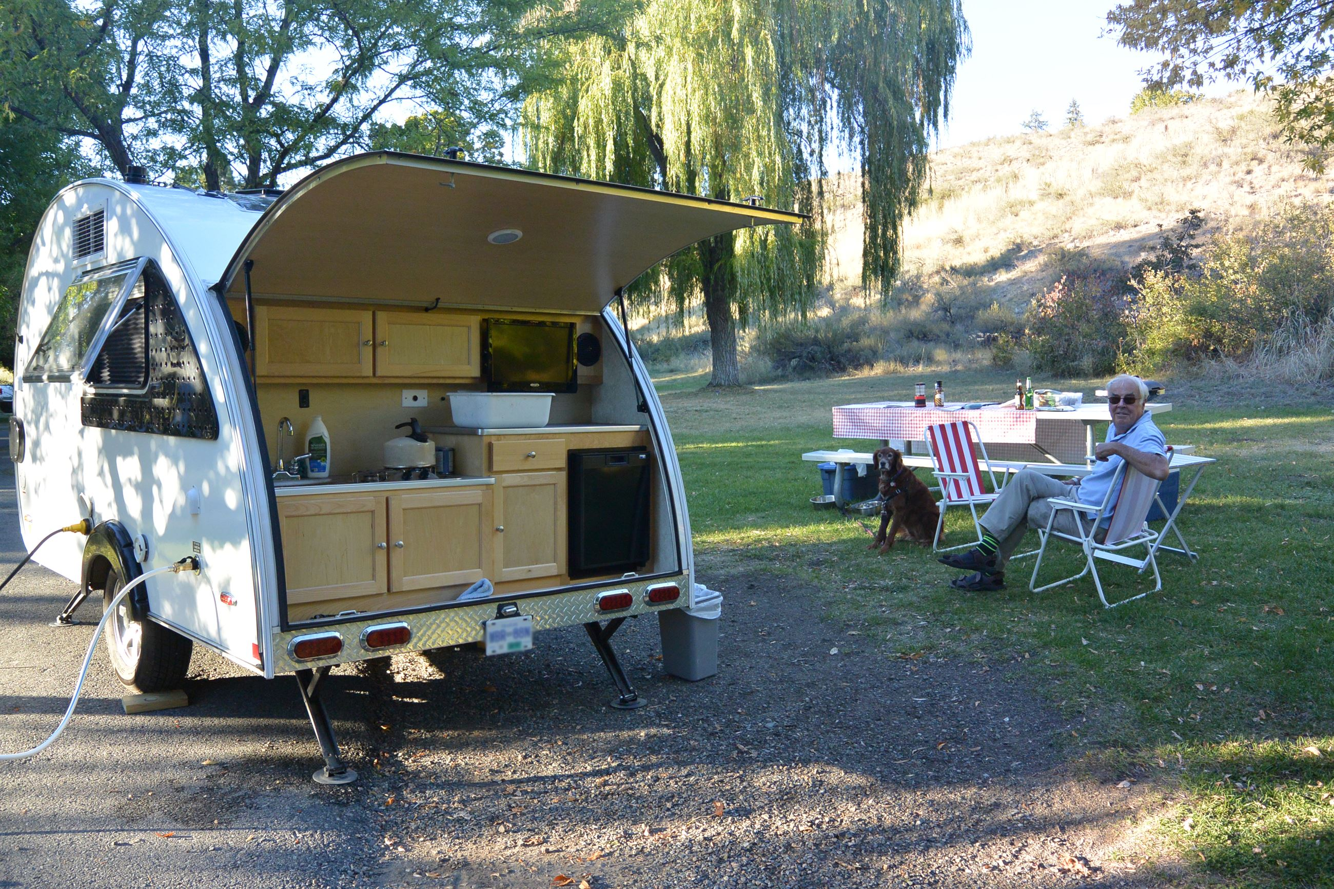 Living large in a tiny trailer | Adventure Awaits, WA