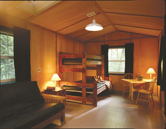 Battle Ground Cabin (002)
